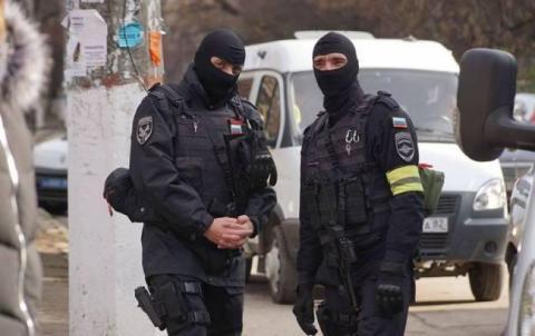 У Сімферополі російські силовики проводять обшуки у кримських татар