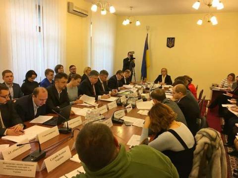 Комітет з питань соціальної політики, зайнятості та пенсійного забезпечення визнав незадовільним виконання міністерствами та обласними військово-цивільними адміністраціями рекомендацій Комітету