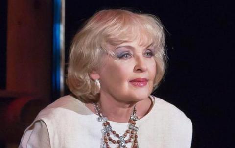 """""""Хай пробачить мене сім'я"""": Ада Роговцева зізналася в коханні до жонатого чоловіка"""