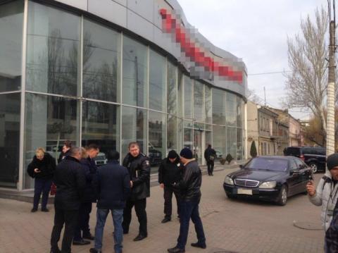 """Через стрілянину поліція ввела в Одесі оперативний план """"Грім"""""""
