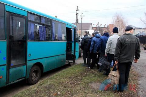 Луганські бойовики вже вивезли полонених для обміну
