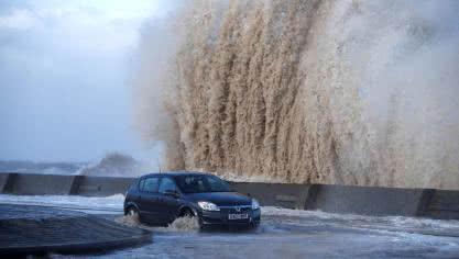 """Внаслідок шторму """"Елеонора"""" в Європі загинули три людини"""