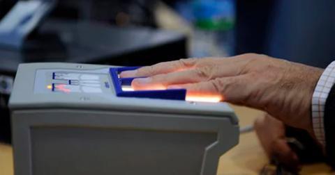 Україна впровадила біометричний контроль на державному кордоні