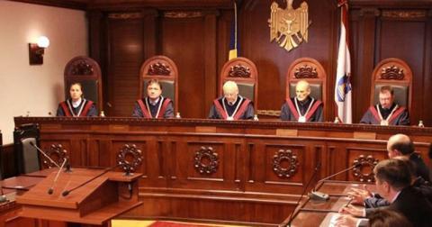 У Молдові КС втретє усунув президента з посади
