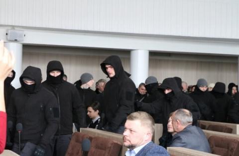 У Черкасах депутати таки ухвалили бюджет завдяки втручанню активістів