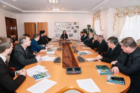 Голова Комітету у закордонних справах Ганна Гопко обговорила з главами та представниками церков ініціативу проведення Року Божого Слова в Україні