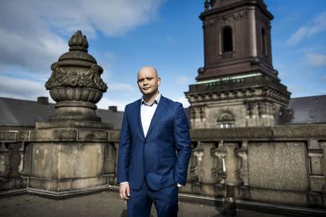"""Данський політик втратив роботу за водіння """"під кайфом"""""""