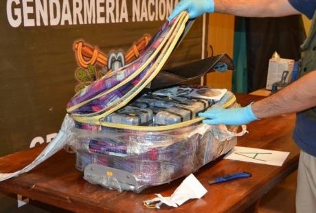 У посольстві Росії в Аргентині знайшли 400 кілограмів кокаїну