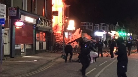 У Лестері вибухом зруйновано магазин, шість поранених