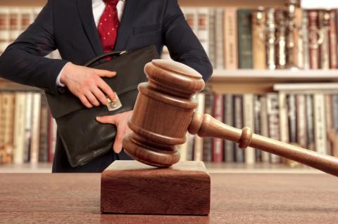 Чим допоможе експерт у галузі права в судовому процесі