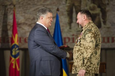 Ваше військове братерство служить яскравим прикладом для теперішнього покоління захисників України – Президент зустрівся з воїнами-афганцями
