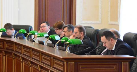 ВРП звільнила ще двох суддів, а одному відмовила