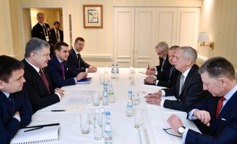 Президент України провів зустріч з Міністром оборони США