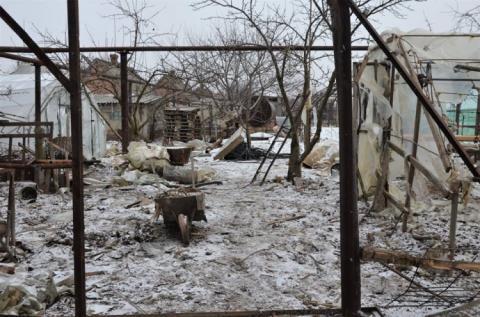 Після обстрілу в Луганському немає світла, пошкоджено будинки