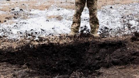 СММ ОБСЄ зафіксувала вирви від 152-мм снарядів у Підлісному