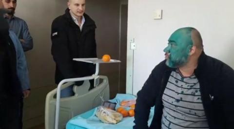 Крисіну в Інституті серця хлюпнули зеленкою в обличчя