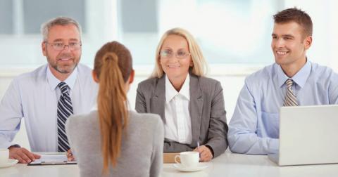 До фірм з працевлаштування за кордоном посилили ліцензійні вимоги