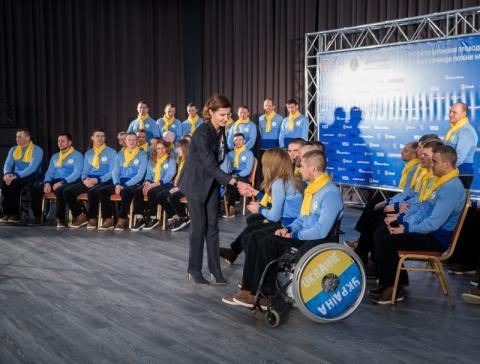 Нехай переможе Україна – Марина Порошенко на церемонії проводів Національної паралімпійської збірної команди на зимову Паралімпіаду-2018