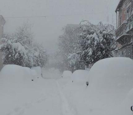 Снігопади в Європі: кількість загиблих зросла до 55, закриті аеропорти