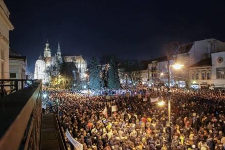 У Словаччині через вбивство журналіста пройшли наймасовіші протести з 1989 року