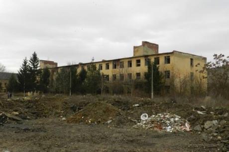Глава МЗС Угорщини проти відновлення Україною військової частини в Берегові