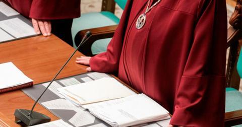 Нові судді Конституційного Суду склали присягу