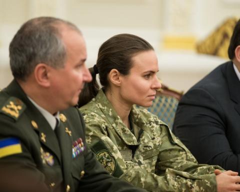 Завдяки таким жінкам ми точно отримаємо перемогу над ворогом – Президент подякував жінкам-військовослужбовцям за служіння українському народу