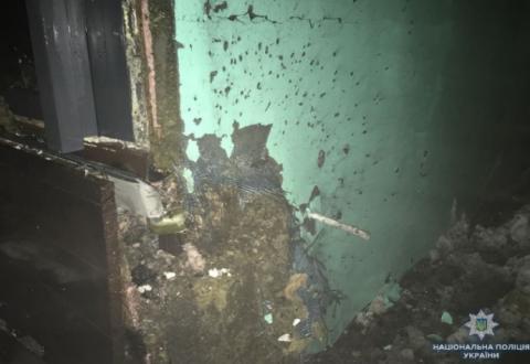 У центрі Києва з гранатомета обстріляли ресторан