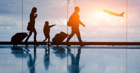 У МЗС закликають мандрівників реєструватися в системі ДРУГ