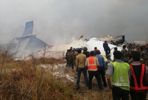 У Непалі розбився пасажирський літак – десятки жертв