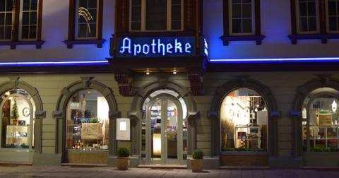 Чому ввечері в Німеччині непросто купити навіть аспірин?