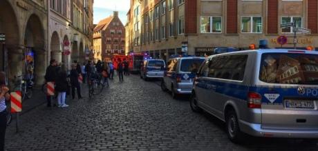 У німецькому Мюнстері автомобіль скоїв наїзд на людей, є загиблі і поранені