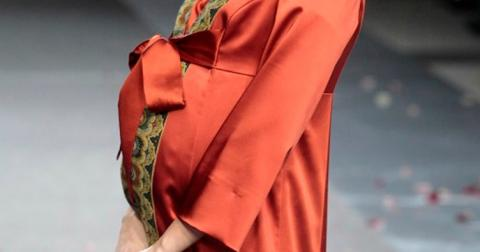 Японку звинуватили в егоїзмі через вагітність поза чергою