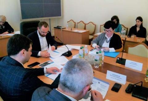 Комітет з питань Регламенту та організації роботи Верховної Ради України на черговому засіданні розглянув низку законопроектів