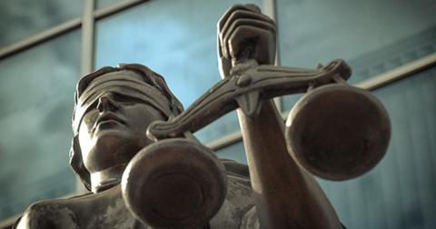 У судах жінок працює втричі більше, а керують ними чоловіки