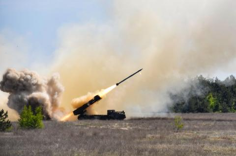 Українська армія отримає високоточну зброю – Президент взяв участь у завершальних випробуваннях РК «Вільха»