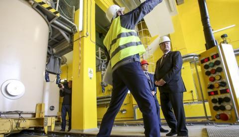 Президент ознайомився з ходом підготовки сховища відпрацьованого ядерного палива на ЧАЕС
