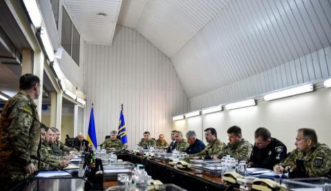 30 квітня розпочалась операція Об'єднаних сил із відсічі та стримування збройної агресії Росії на Донбасі – Президент підписав Указ