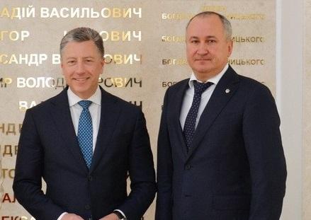 Грицак передав США докази причетності РФ до обстрілів Маріуполя і Волновахи