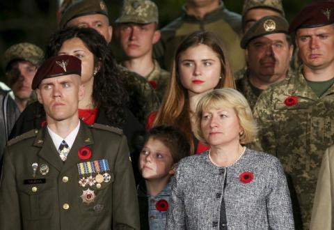 Ми по праву пишаємося результатом у розбудові української армії - Президент
