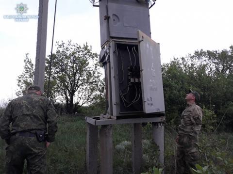 Обстріл селища на Луганщині: зруйновано будинки, люди без газу й світла