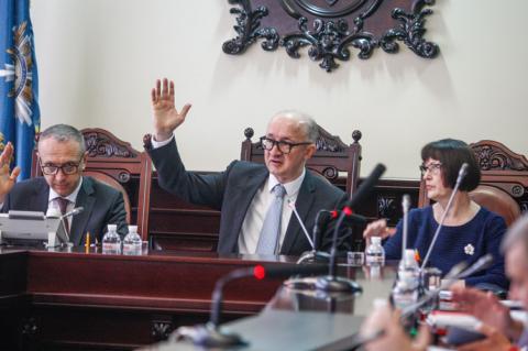 ВККС визначилася із рекомендаціями для сотні суддів-п'ятирічок, але стануть до роботи вони не скоро