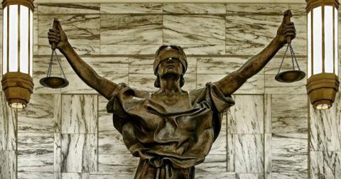 Аби виправдати свавілля парламенту, Верховний Суд визнав КС політичним органом