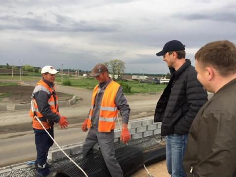 Володимир Омелян перевірив хід розбудови автошляхів Полтавської області