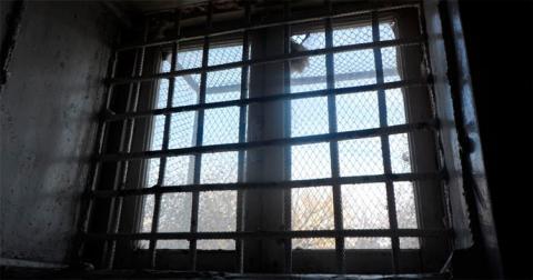 Нелюдське поводження з в'язнями залишилося без компенсації
