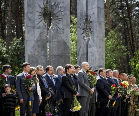 Президент: Російський культурний імперіалізм був артпідготовкою для російської агресії проти України