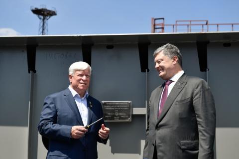 Сьогодні збільшуються експортні потужності України і підтверджується якість українського суднобудування – Президент