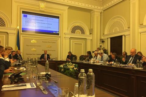Українському народові та державі - надійні та ефективні спецслужби