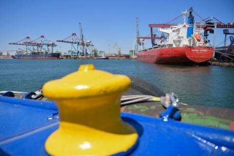 Президент взяв участь у запуску першої лінії зернового термінала в порту «Южний»: Це лише перший крок, що дозволить прискорити розвиток портової інфраструктури