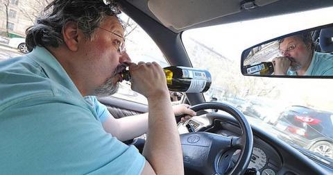 У Молдові п'яних водіїв відправлять на кладовища